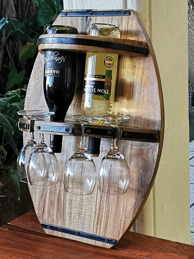 porta vino estilo barril, constructora vargas, san juan del sur