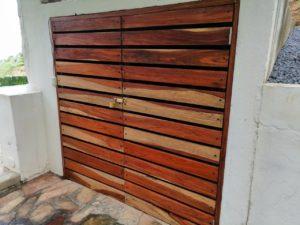 Wooden-gate-in-garage