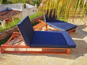 muebles de madera piscina en san juan del sur, constructora vargas