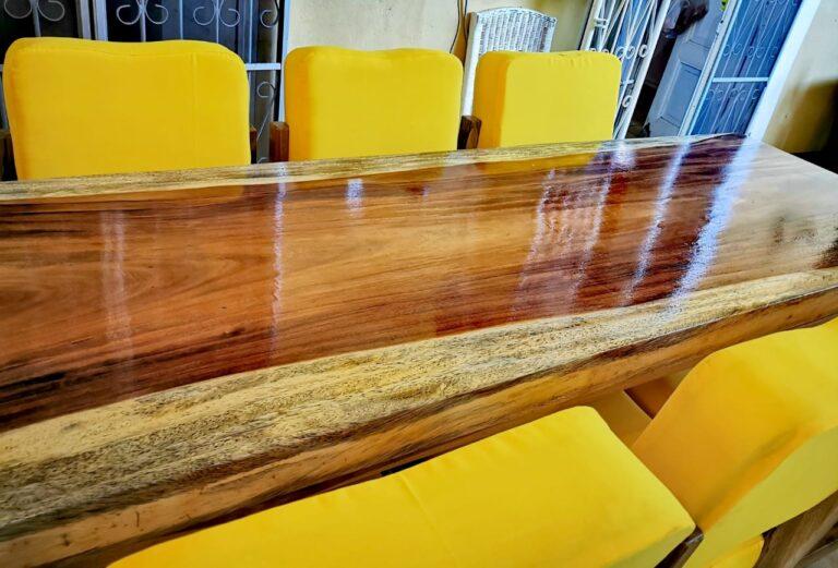 Comedor de madera 100% de madera de un solo tablón